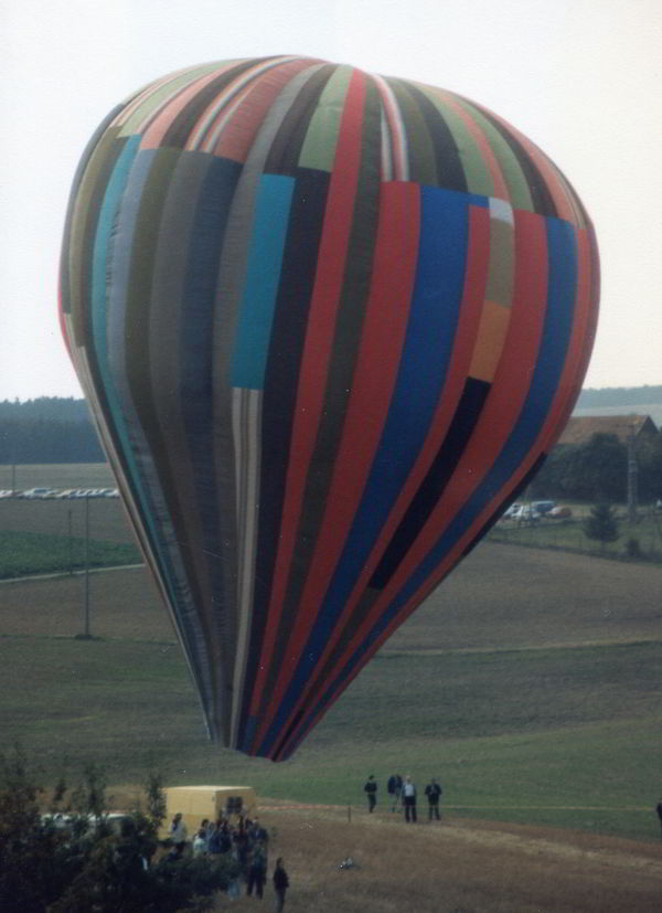 Two families escaped over the border of the GDR to Naila with a hot air balloon in 1979.
