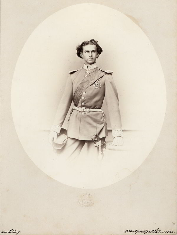 King Ludwig II in the uniform of a Bavarian general ©Bayerische Schlösserverwaltung